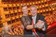 Opernball 2015 - Das Fest - Wiener Staatsoper - Do 12.02.2015 - Heinz FISCHER, Desiree TREICH-ST�RGKH tanzen in Loge98