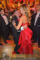 Opernball 2015 - Das Fest - Wiener Staatsoper - Do 12.02.2015 - Richard LUGNER tanzt mit Elisabetta CANALIS (tanzen, Tanzfl�che127