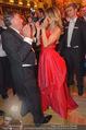 Opernball 2015 - Das Fest - Wiener Staatsoper - Do 12.02.2015 - Richard LUGNER tanzt mit Elisabetta CANALIS (tanzen, Tanzfl�che133