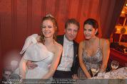 Opernball 2015 - Das Fest - Wiener Staatsoper - Do 12.02.2015 - Atil KUTOGLU, Mariella AHRENS (Logenfoto), Deb�dantin200