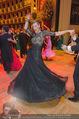 Opernball 2015 - Das Fest - Wiener Staatsoper - Do 12.02.2015 - Desiree TREICHL-ST�RKGH tanz ausgelassen mit Roberto LHOTKA215