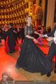 Opernball 2015 - Das Fest - Wiener Staatsoper - Do 12.02.2015 - Desiree TREICHL-ST�RKGH tanz ausgelassen mit Roberto LHOTKA217