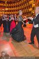 Opernball 2015 - Das Fest - Wiener Staatsoper - Do 12.02.2015 - Desiree TREICHL-ST�RKGH tanz ausgelassen mit Roberto LHOTKA218