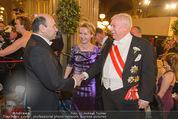 Opernball 2015 - Feststiege - Wiener Staatsoper - Do 12.02.2015 - Michael H�UPL mit Ehefrau Barbara, Dominique MEYER122