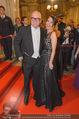 Opernball 2015 - Feststiege - Wiener Staatsoper - Do 12.02.2015 - DJ �TZI Gerry FRIEDLE mit Ehefrau Sonja125