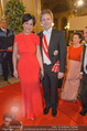 Opernball 2015 - Feststiege - Wiener Staatsoper - Do 12.02.2015 - Josef OSTERMAYER mit Ehefrau Manuela127