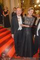 Opernball 2015 - Feststiege - Wiener Staatsoper - Do 12.02.2015 - Andreas und Desiree TREICHL-ST�RGKH47