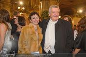 Opernball 2015 - Feststiege - Wiener Staatsoper - Do 12.02.2015 - Hans-J�rg TENGG, Rafaela MILLER-AICHHOLZ75