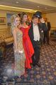Elisabetta Canalis Suite Fototermin - Ana Grand Hotel - Do 12.02.2015 - Elisabetta CANALIS, Richard und Cathy LUGNER23