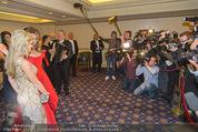 Elisabetta Canalis Suite Fototermin - Ana Grand Hotel - Do 12.02.2015 - Elisabetta CANALIS, Medien, Presse, Journalisten, Fotografen26