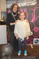Dancer against Cancer Kalender - BMW Wien - Mi 25.02.2015 - Michaela SCHIMANKO mit Tochter Zoe19