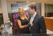 Dancer against Cancer Kalender - BMW Wien - Mi 25.02.2015 - Gregor HATALA, Kathi STEININGER76
