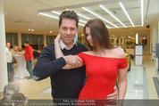Dancer against Cancer Kalender - BMW Wien - Mi 25.02.2015 - Daniel SERAFIN, Roxanne RAPP88