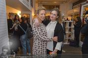Carlings Opening - Carlings Jeans Store - Mi 04.03.2015 - Vera B�HNISCH (schwanger, 6.Monat) mit Schwester Eva BOENISCH29