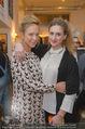 Carlings Opening - Carlings Jeans Store - Mi 04.03.2015 - Vera B�HNISCH (schwanger, 6.Monat) mit Schwester Eva BOENISCH30