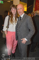 Letzte Premiere - Stadttheater Walfischgasse - Mi 04.03.2015 - Oliver HIRSCHBIEGEL mit Tochter Paula2