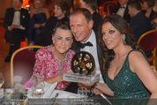 Vienna Filmball - Rathaus - Sa 14.03.2015 - Alice BRAUNER, Maria BRAUNER135