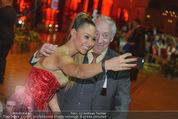 Vienna Filmball - Rathaus - Sa 14.03.2015 - Dieter HALLERVORDEN, Ronja HILBIG (Selfie)239