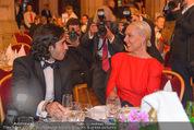 Vienna Filmball - Rathaus - Sa 14.03.2015 - Natascha OCHSENKNECHT, Umut KEKILLI72