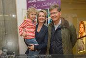 Farewell Surovi - Grand Hotel - Fr 20.03.2015 - Familie Martina und Kari HOHENLOHE mit Sohn Louis38