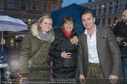 Amadeus - Red Carpet - Volkstheater - So 29.03.2015 - Andreas GABALIER mit Fans45