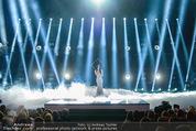 Amadeus - Die Show - Volkstheater - So 29.03.2015 - Conchita WURST Auftritt21