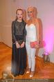 Dancer against Cancer - Hofburg - Sa 11.04.2015 - Natascha OCHSENKNECHT mit Tochter Cheyenne Savannah11