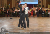 Dancer against Cancer - Hofburg - Sa 11.04.2015 - Brigitte KRENN237