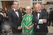 Fundraising Dinner - Albertina - Do 16.04.2015 - Christian KERN, Carla und Georg WEILAND30