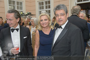 Fundraising Dinner - Albertina - Do 16.04.2015 - Christian RAINER, Wolfgang HESOUN mit Ehefrau Brigitte36