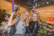 Opening - TK Maxx SCS - Mi 22.04.2015 - Kathi STEININGER, Diana LUEGER26