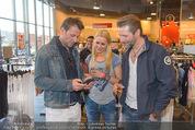 Opening - TK Maxx SCS - Mi 22.04.2015 - Volker PIESCZEK, Michael MALY, Kathi STEININGER35
