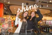 Opening - TK Maxx SCS - Mi 22.04.2015 - Amina DAGI, Katharina NAHLIK48