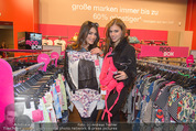 Opening - TK Maxx SCS - Mi 22.04.2015 - Amina DAGI, Katharina NAHLIK6