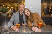 Opening - L´Osteria - Do 23.04.2015 - Erwin WURM mit Ehefrau Elise (MOUGIN)21