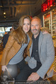 Opening - L´Osteria - Do 23.04.2015 - Erwin WURM mit Ehefrau Elise (MOUGIN)7