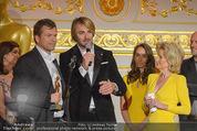 Romy Akademiepreise - Hofburg - Do 23.04.2015 - Puls4-Team auf der B�hne, Markus BREITENECKER, Elisabeth G�RTL53