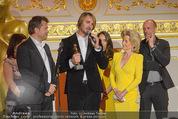 Romy Akademiepreise - Hofburg - Do 23.04.2015 - Puls4-Team auf der B�hne, Markus BREITENECKER, Elisabeth G�RTL55