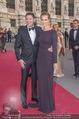 Romy Gala 2015 - Red Carpet - Hofburg - Sa 25.04.2015 - Melanie SCHERIAU mit Ehemann Seth (HARRIS)104