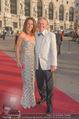 Romy Gala 2015 - Red Carpet - Hofburg - Sa 25.04.2015 - Vera RUSSWURM, Peter HOFBAUER29