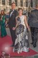 Romy Gala 2015 - Red Carpet - Hofburg - Sa 25.04.2015 - Julia CENCIG mit Begleitung38