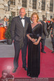 Romy Gala 2015 - Red Carpet - Hofburg - Sa 25.04.2015 - Suzanne VON BORSODY, Jens SCHNIEDERHARN71