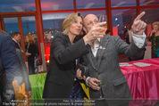 Salon Revive Fotoausstellung - 21er Haus - Di 28.04.2015 - Desiree TREICHL-ST�RGKH, Oliver HIRSCHBIEGEL32