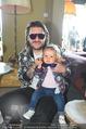 Carrera - 25 hours hotel - Mi 29.04.2015 - DJ Philipp VAN HET VELD mit Tochter Amelia57