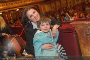 Hibla Gerzmava Charity - Musikverein - Do 30.04.2015 - Anna NETREBKO mit Sohn Tiago (zum 1. mal in einem Klassikkonzert17