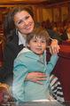 Hibla Gerzmava Charity - Musikverein - Do 30.04.2015 - Anna NETREBKO mit Sohn Tiago (zum 1. mal in einem Klassikkonzert18
