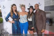 Opening - Luxus Lashes - Di 05.05.2015 - Fernanda BRANDAO, Ronja HILBIG, Regina FOLTYNEK10