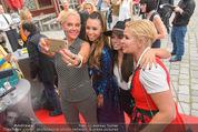 Opening - Luxus Lashes - Di 05.05.2015 - Selfie: OCHSENKNECHT, EFFENBERG, BRANDAO, HILBIG33