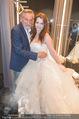 Opening - Vera Wang Steinecker - Di 05.05.2015 - Peter RAPP mit Tochter Roxanne (im Brautkleid)44