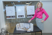 Schneekönigin Presseprobe - Ankerbrot Fabrik - Di 12.05.2015 - Maren HOFMEISTER vor B�hnenbild6